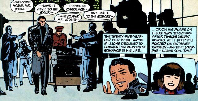 File:Bruce Wayne 050.jpg