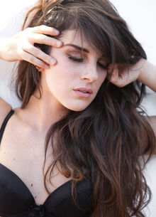 Lorna Dane 22