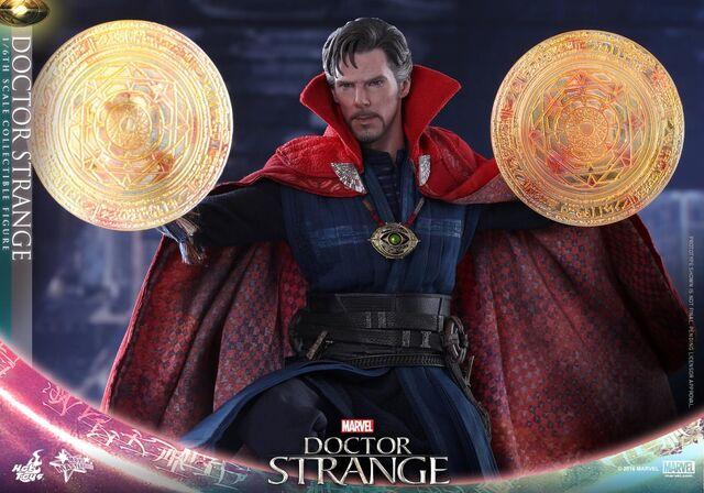 File:Doctor Strange Hot Toys 12.jpg