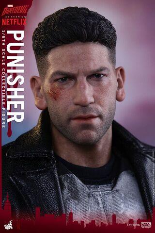 File:Punisher Hot Toys 5.jpg