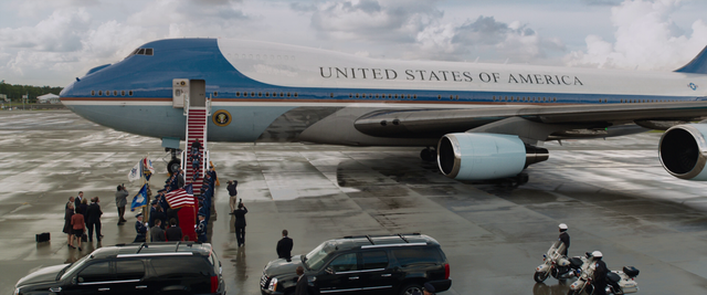 File:Air Force One 2.png