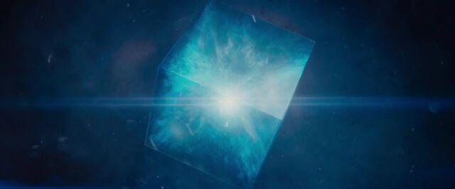 File:Avengers Age of Ultron KISSTHEMGOODBYE NET 2485.jpg