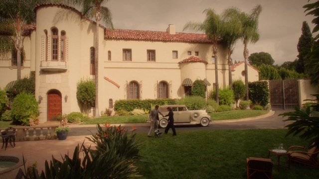 File:Edwin Jarvis & Peggy Carter - Stark Estate (2x07).png
