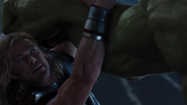 File:Thor-battles-Hulk-Avengers-2.jpg