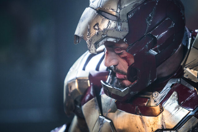 File:Tony Iron Man IM3.jpg