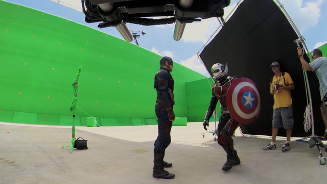 File:Ant-Man with Cap's Shield (Atlanta, GA - The Making of CACW).png