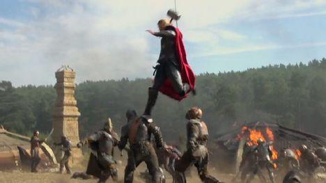 File:468px-Thor-the-Dark-World-Jump-Attack-570x320.jpg