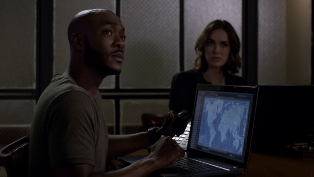 File:S2E6 Trip Simmons.png