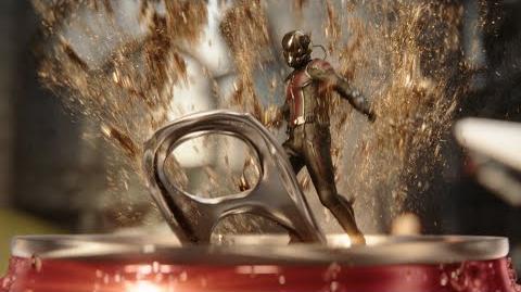 Coca-Cola Coke Mini (Hulk vs