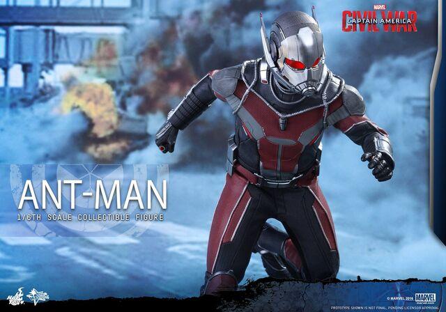 File:Ant-Man Civil War Hot Toys 15.jpg