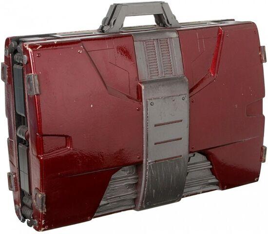 File:Suitcase-Armor-Prop-3.jpg