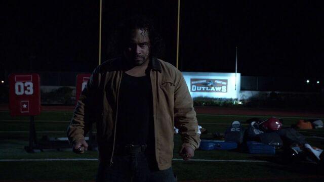 File:Francis-Noche-Football-Field-.jpg