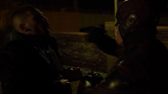 File:Daredevil fights FCastle.JPG