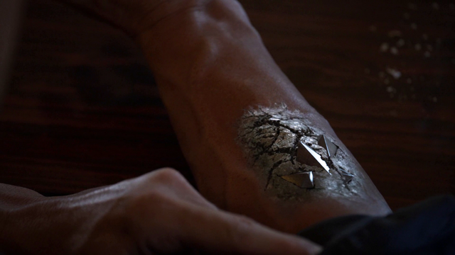 File:Absorbing Man Obelisk spike.png