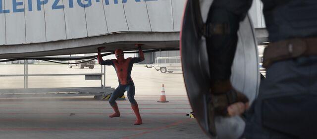File:Spider-Man Lifting Platform.jpg