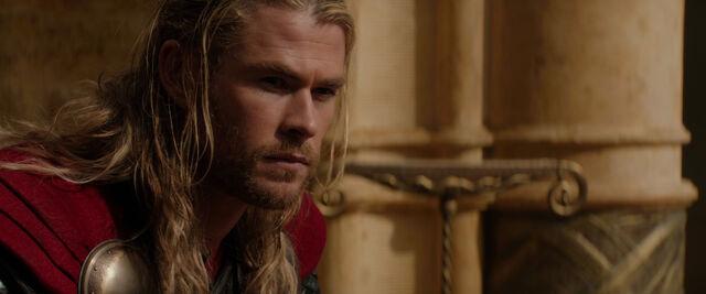 File:Thor-dark-world-movie-screencaps com-1181.jpg