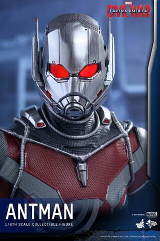 File:Ant-Man Civil War Hot Toys 18.jpg