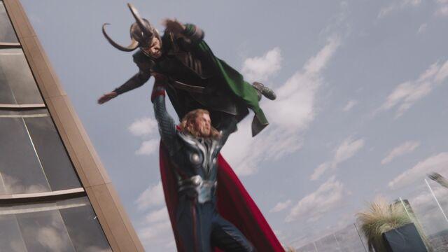 File:Thor-vs-Loki-BodySlam.jpg