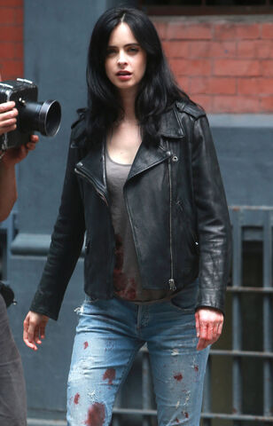 File:Jessica Jones BTS 4.jpg
