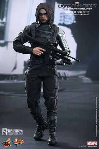 File:Winter Soldier Hot Toy 8.jpg