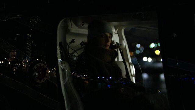 File:Vanessa-Marianna-Leaves-NY-Helicopter.jpg