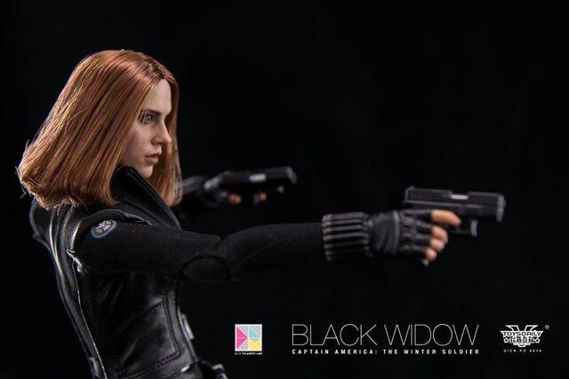 File:Black Widow Hot Toy 7.jpg