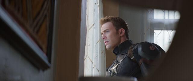 File:Captain America Civil War 183.jpg