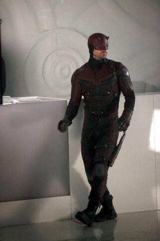 File:Daredevil Defenders BTS 2.jpg