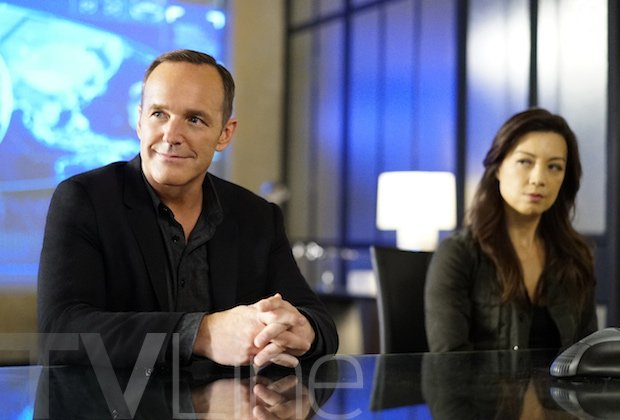 File:Coulson and May S4.jpg