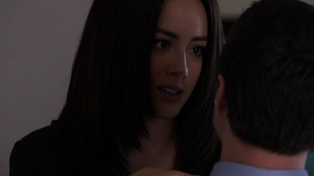 File:Agent-33-Skye-seduces-Ward.jpg