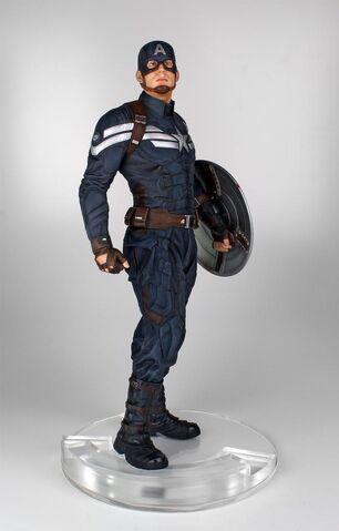File:Cap statue 1.jpg