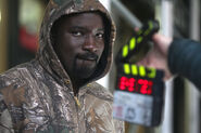Mike Colter Luke Cage BTS 11