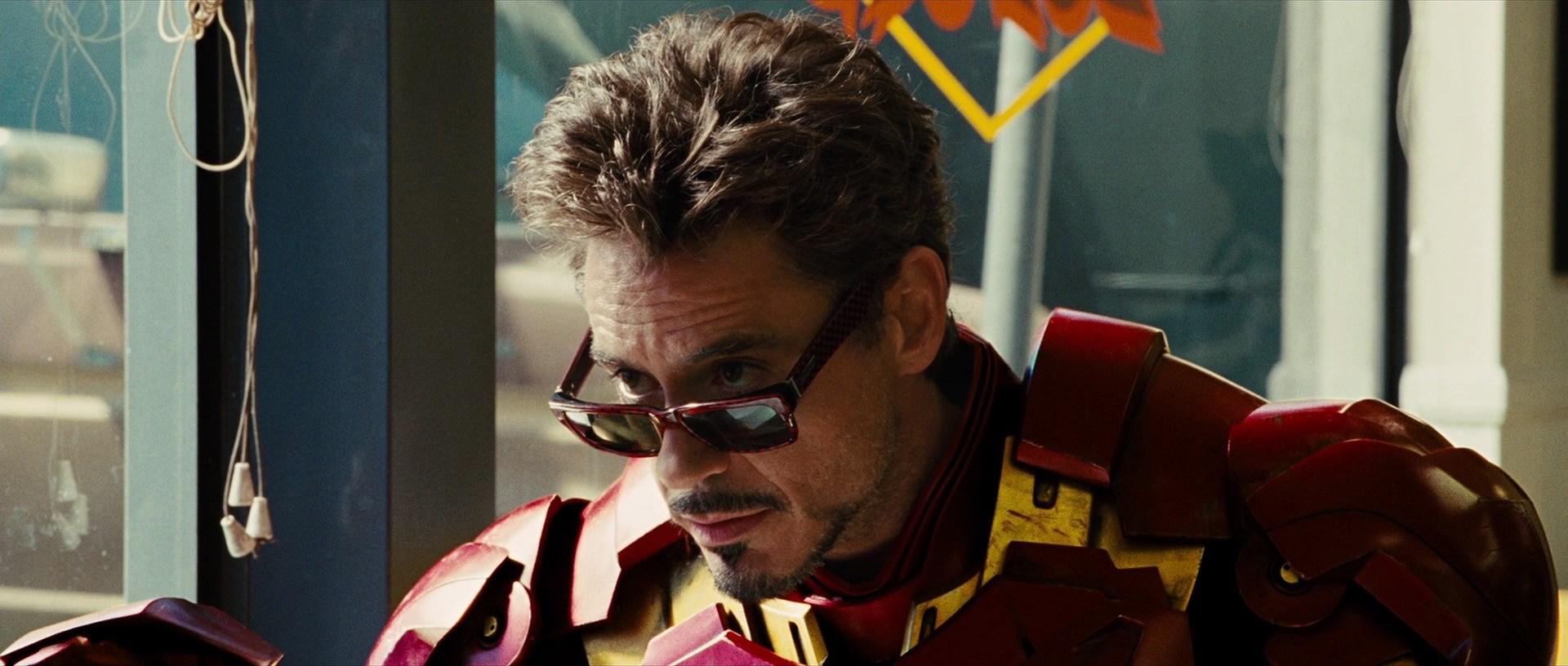 File:Iron-man-20091011-tony-stark-in-suit.jpg