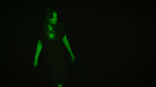 File:Neon Green Peggy Carter (2x09).png