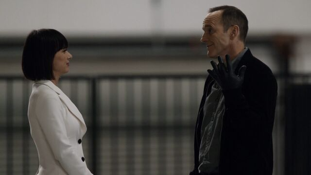 File:AUH Coulson and Rosalind.jpg
