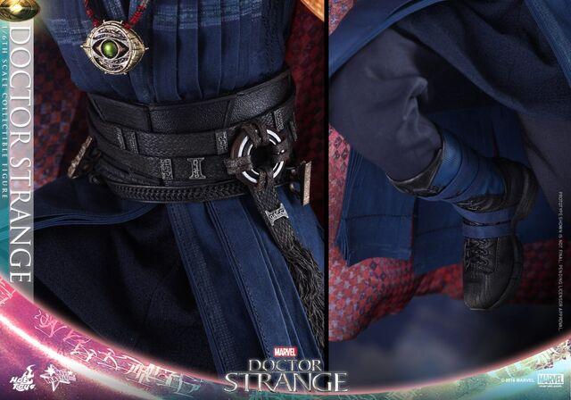File:Doctor Strange Hot Toys 17.jpg