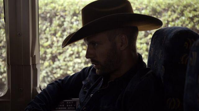 File:Lance-Hunter-Undercover-Cowboy-Hat.jpg