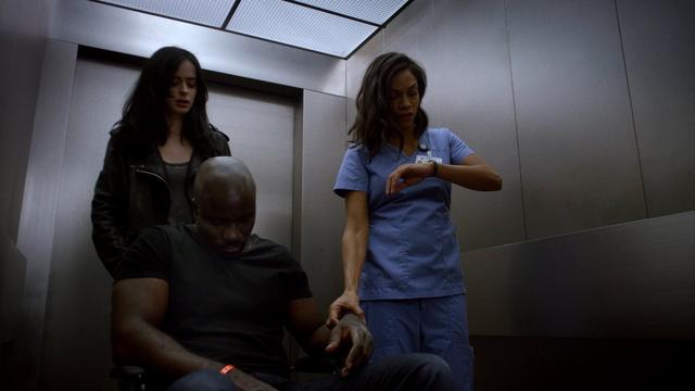 File:JJS01E13 Claire checks Luke pulse.png