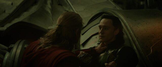 File:Loki-Thor-argue-dark-world-2.jpg