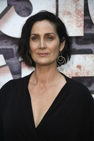 File:Carrie-Anne Moss.jpg