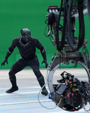 File:CW Behind the Scenes3.jpg