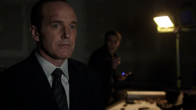 File:Phil-Coulson-Listens-to-Audrey-Nathan.jpg