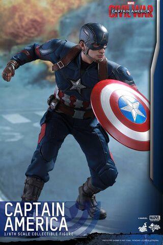 File:Captain America Civil War Hot Toys 11.jpg
