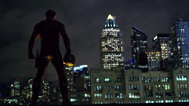 File:Daredevil on rooftop.jpg