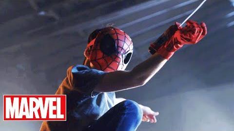 Marvel's Captain America Civil War - 'Spiderman, Captain America, & Iron Man Hero Gear' T.V