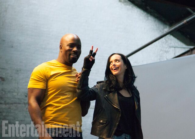 File:Defenders EW BTS 5.jpg