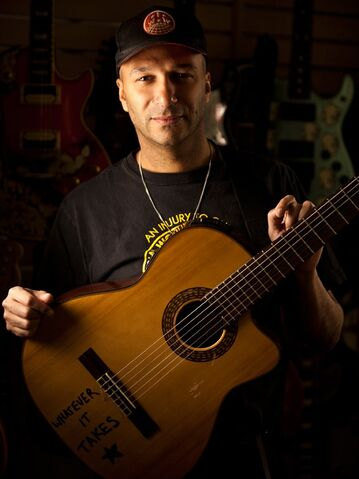 File:Tom Morello.jpg