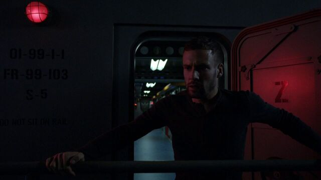 File:Lance-Hunter-escapes-Helicarrier-LoveTimeHYDRA.jpg