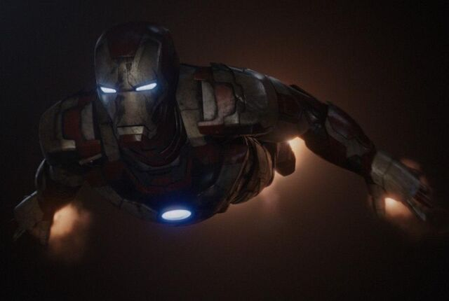 File:Iron Man Armor MK XLII (Earth-199999) from Iron Man 3 (film) 005.jpg