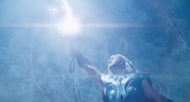 File:Thor invocando un rayo..png